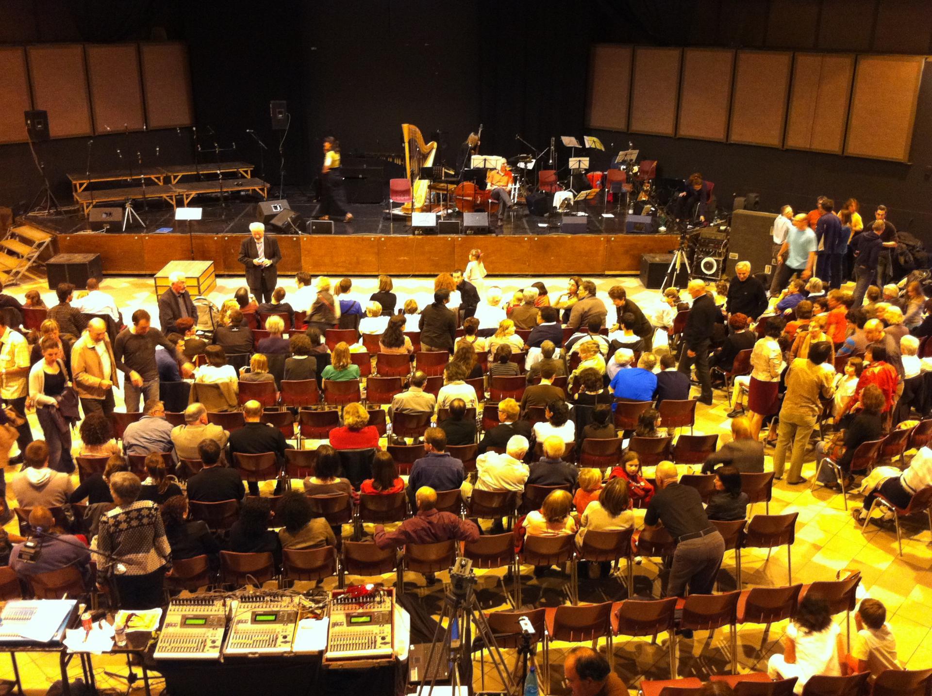 Le public, la scène